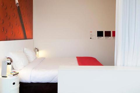 hotel-pantone-3
